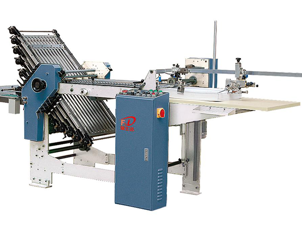 FSD 3610 / 4710 (10 comb + 0 knife) automatic folding machine