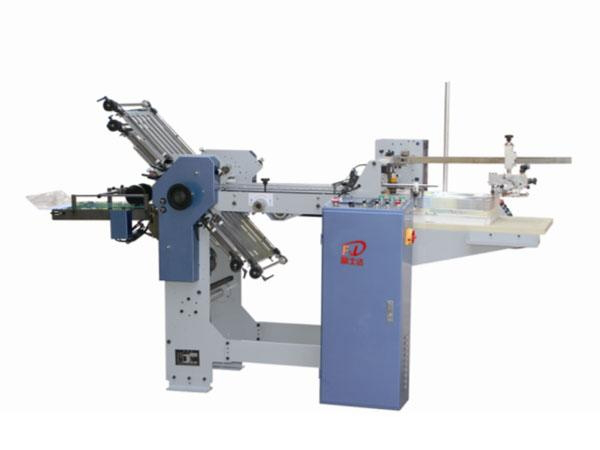 Fsd364 / 474 (4 comb + 0 knife) automatic folding machine